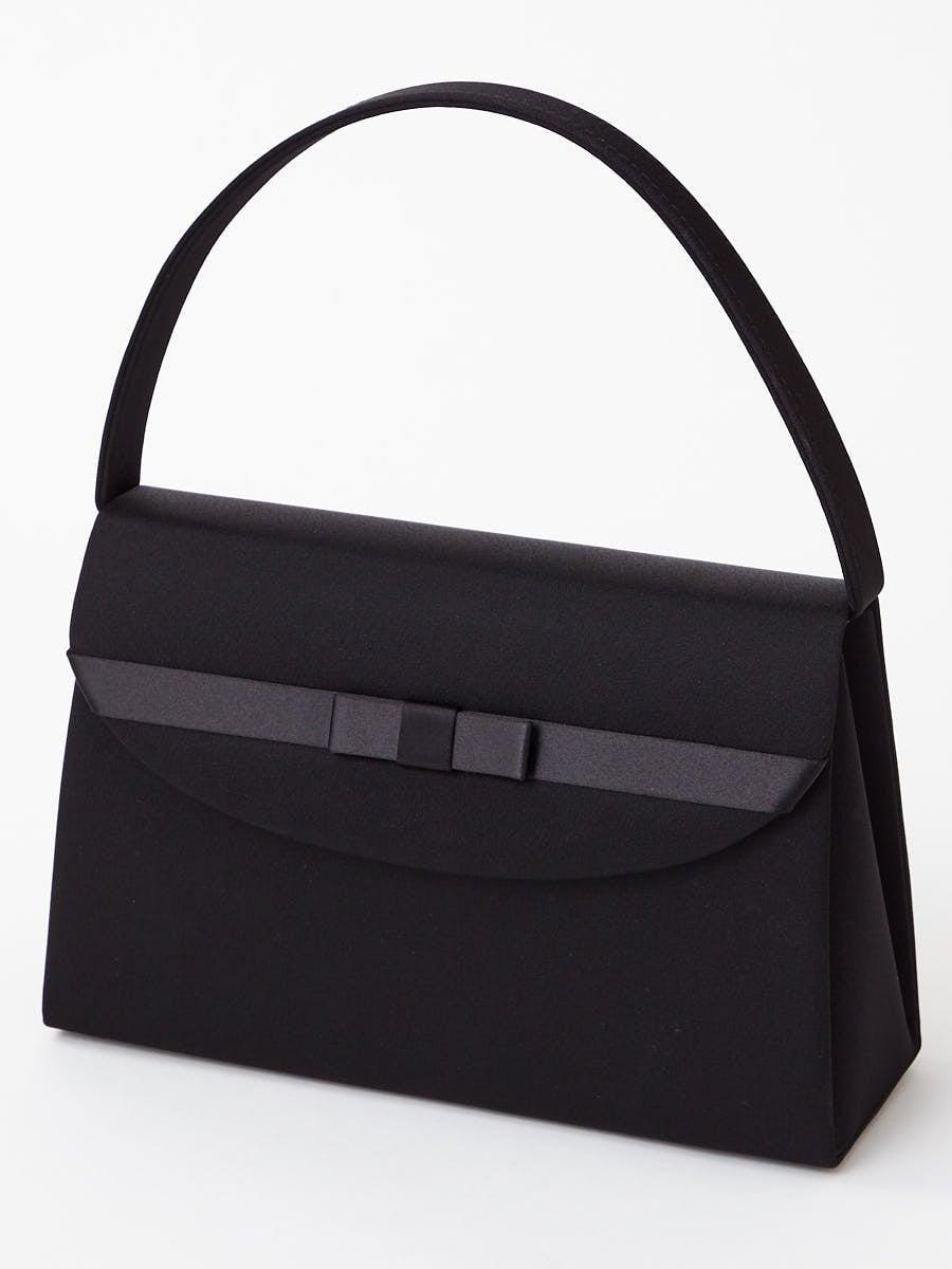 サテンリボン付きブラックバッグ